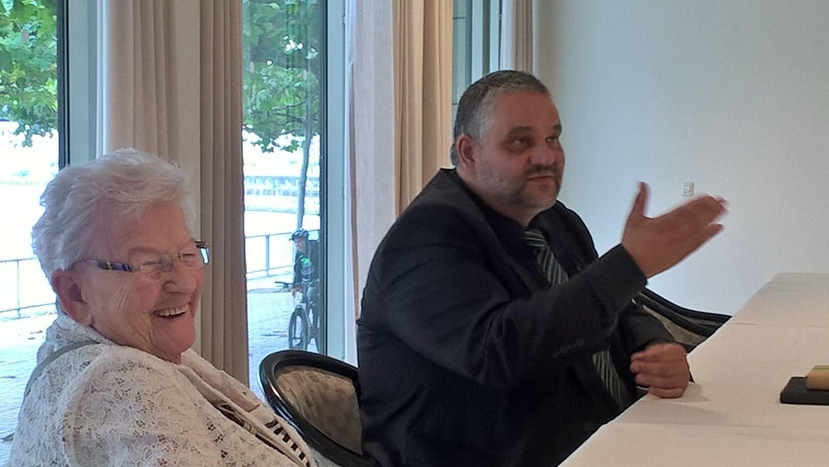 Grüne 60+ zu Gast bei Oliver Keymis im Landtag