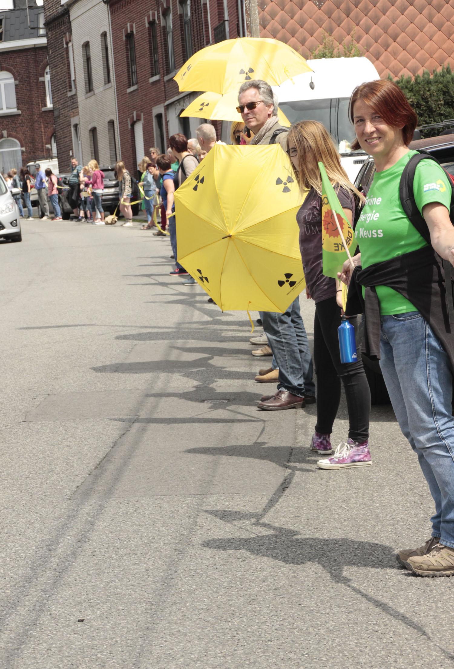 Marode Atommeiler: Demonstranten aus dem Rhein-Kreis setzen in Belgien Zeichen gegen AKW